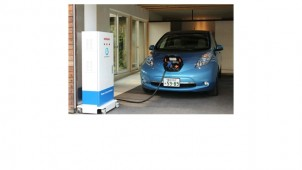 日産、電気自動車「リーフ」を家庭用蓄電池に