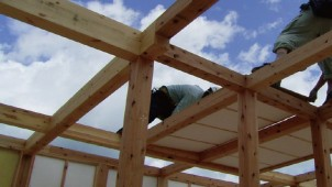 「オール地場」で高性能×省コストの復興住宅
