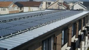 富士通とレオパレス21、複数アパート連携の太陽光発電を実証へ