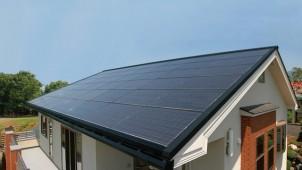 カナメの屋根一体型太陽電池、全量買取対応で引き合い急増