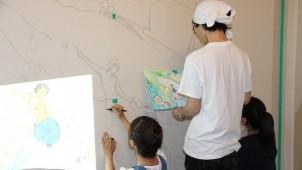 レオパレス21、賃貸物件で壁面アート見学会を開催