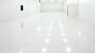 エスケー化研、高性能な弱溶剤型エポキシ樹脂系塗床材を開発
