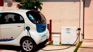 ニチコンのEV家庭連携システム、三菱自動車製EVとも連携可能に