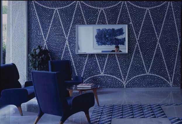 小石形のタイルが埋め込まれた壁面/ ホテル・パルコ・デイ・プリンチピ (ソレント1960-1962)のレセプション/撮影:梶原敏英氏