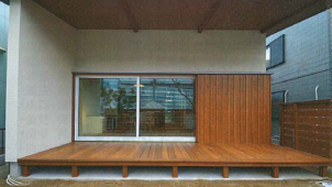 エクセルシャノン、大開口樹脂窓を工務店と共同開発