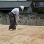 「天使の床下地」の施工作業