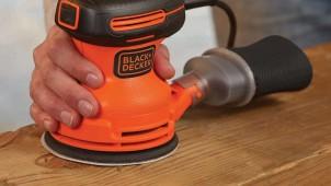 ブラック&デッカー、広い面をムラなく研磨する家庭用サンダー