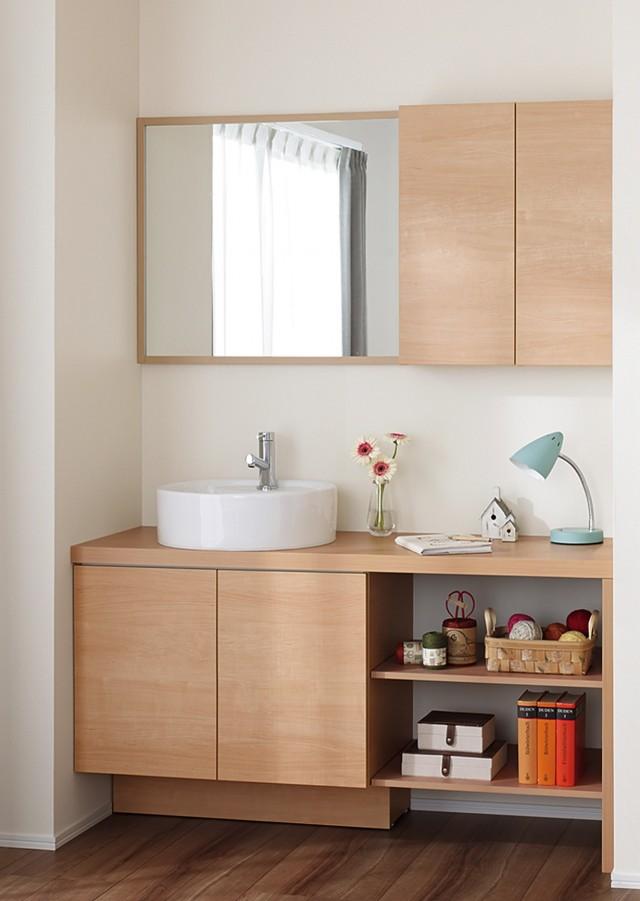 木製カウンターに陶器製洗面器をセットした「ベッセルタイプ」
