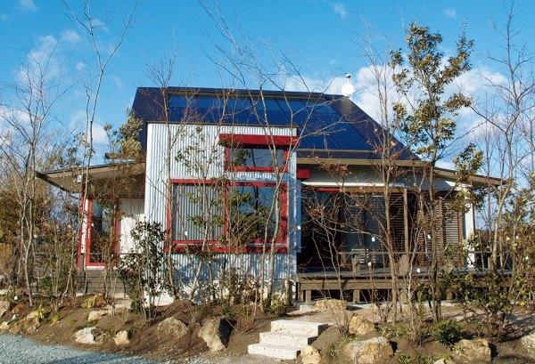見学する浜松モデルハウスの外観
