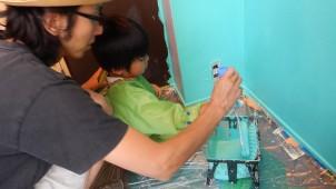 親子向け塗装イベント開催、東京のベンジャミンムーア専門店で
