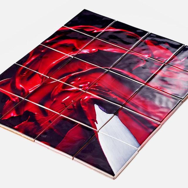写真のプリントも可能。表面加工は使いたい場所に応じて選ぶことができる。