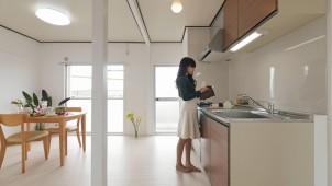 大阪府住宅供給公社、タカラスタンダードとコラボした団地リノベ