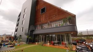 リヴ、木造中高層大型商業ビルを京都府向日市にオープン