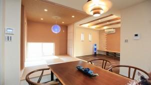 地域材の端材をエコ塗り壁に 3月のシンポジウムで新機能を発表