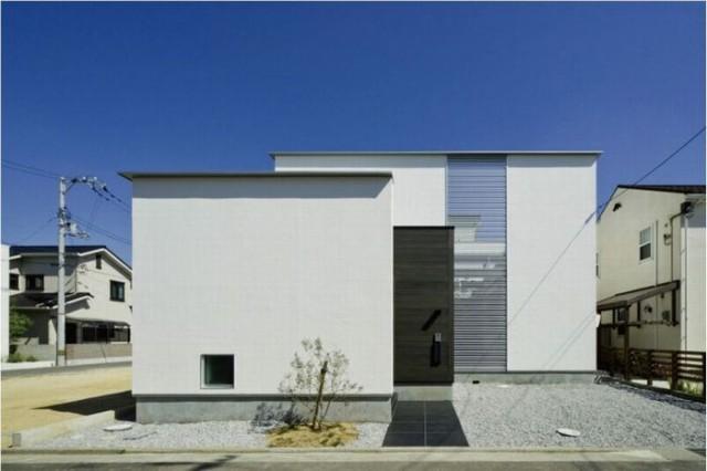 「非日常の体験ができる住宅」が家づくりのコンセプト。塗り壁を中心にした外観