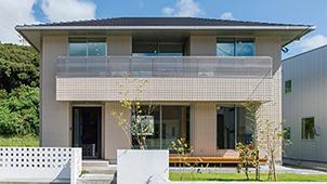 「売れるデザイン住宅」と「実践情報ノウハウ」で工務店を支援