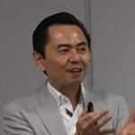 記者会見で設立概要を説明する小山貴史代表理事