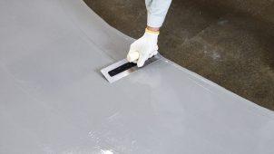 ABC商会、合成樹脂系塗り床材専用の下地補修材を発売