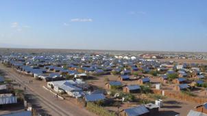 LIXIL、ケニア・カロベイエイ難民居住地に「グリーントイレシステム」提供
