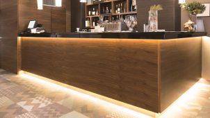 アイリスオーヤマ、曲線設置が可能な間接照明ユニットを発売