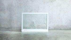 透明ガラスを使ったスタイリッシュなパネルヒーター発売