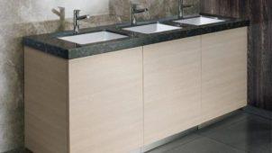 アイカ、トイレ空間の配管まわりを簡単にカバーするパネルセット