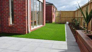 畑中産業、高密度・高耐久な人工芝生を発売
