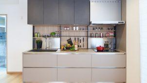 ヒノキヤG、イタリア製壁付けシステムキッチンを発売