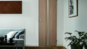 ウッドワン、内装ドア「ソフトアートシリーズ」にグレージュ色