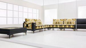 伊ヴェルサーチェ・ホーム社のソファとチェアを展示販売