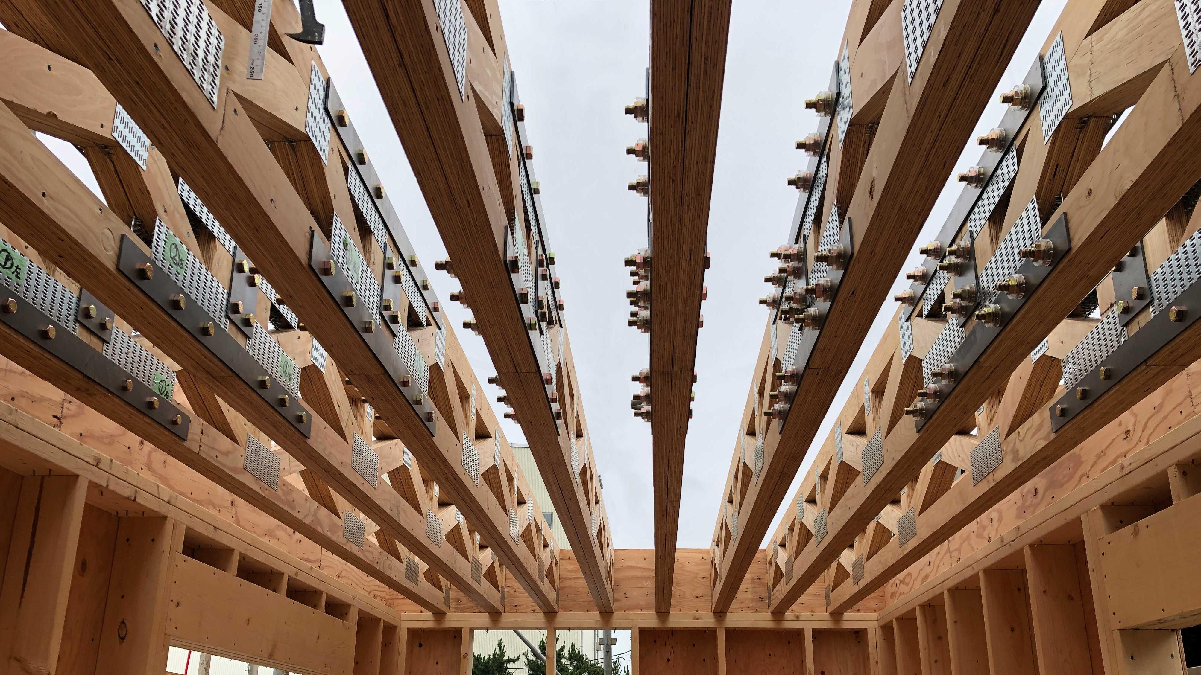 三菱地所ホーム、都市部の狭小地に搬入可能なトラス床根太