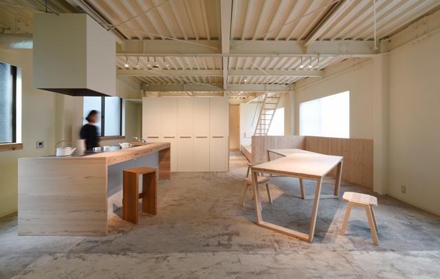 相羽建設、オーナー専用シェアスペース「a-soko」公開 小泉誠さんが解説