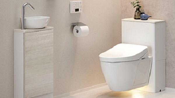 TOTO、浮遊感あるデザインの壁掛けトイレ「FD」