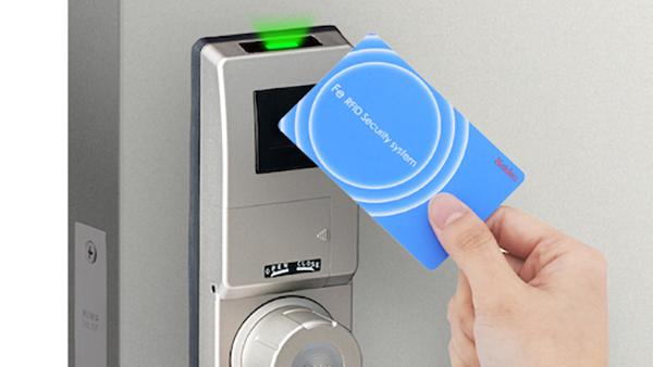 非接触ICカード錠に留守中のカギの使用状況知らせる新機能