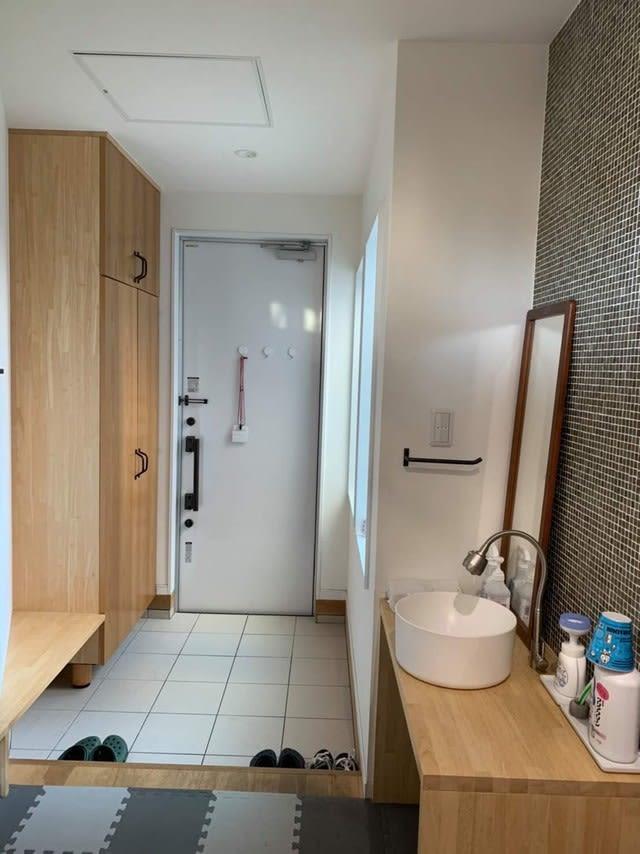 コロナ時代に対応! 玄関開けたらすぐ手洗いシンク、換気を見直す住宅の建築依頼が急増中