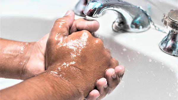 【新型コロナ】クラスター発生の大江戸線 非接触の自動水栓導入を検討