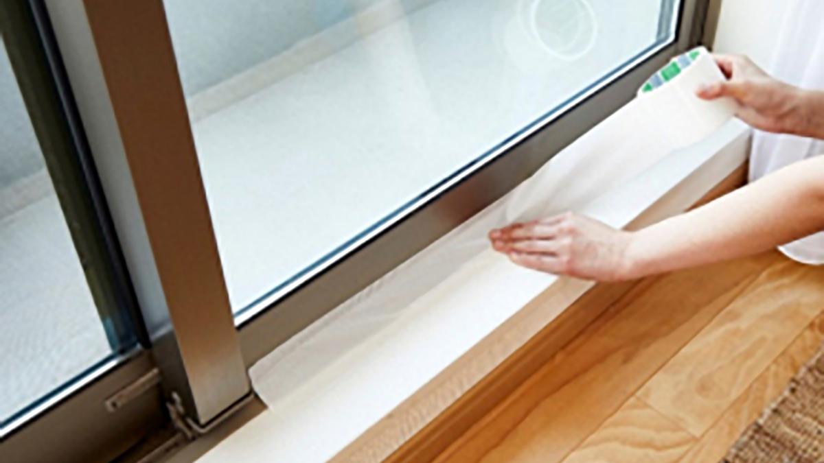 ドアや窓サッシからの浸水を防ぐ「台風テープ」発売-ニトムズ