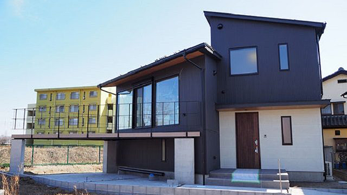 専門学生設計のデザイン住宅「利根川沿いの家」が竣工