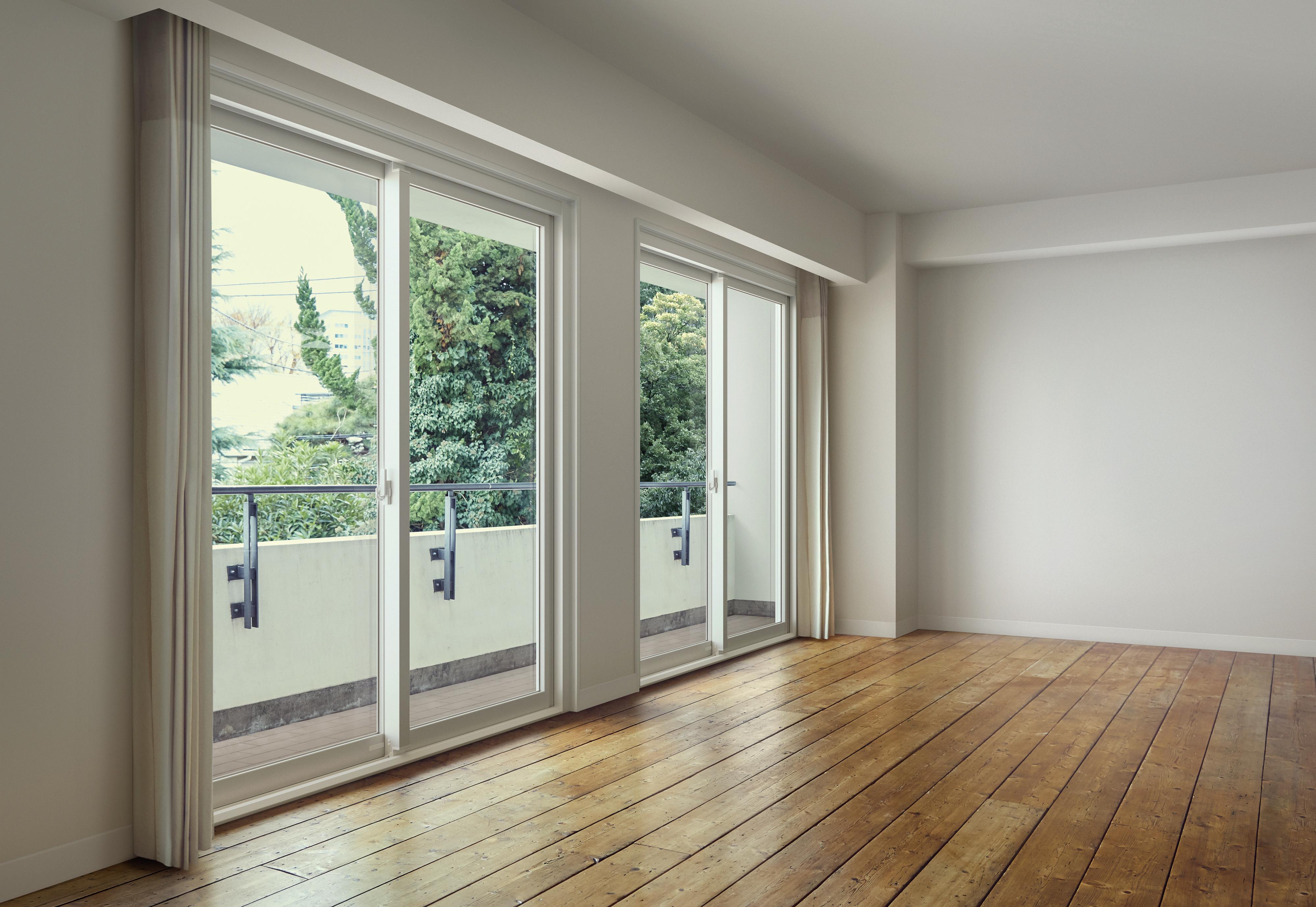 YKK AP、足場レス+半日で戸別改修できるマンション断熱窓を発売