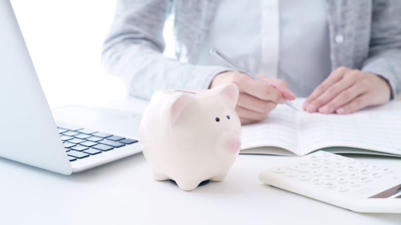 貯蓄の平均は1,791万円で2年連続増、最新家計調査の注目点をFPが解説