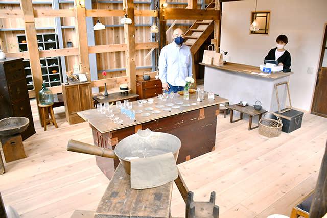 古民家ライフ(山形)が古材・古道具の販売店開設