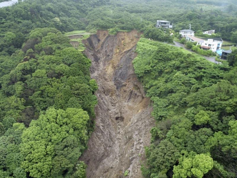 土石流、盛り土含め大規模崩落