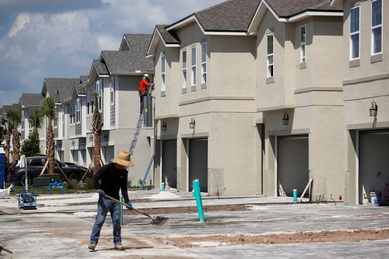 米新築住宅販売、6月は14カ月ぶり低水準 資材・住宅価格高騰で