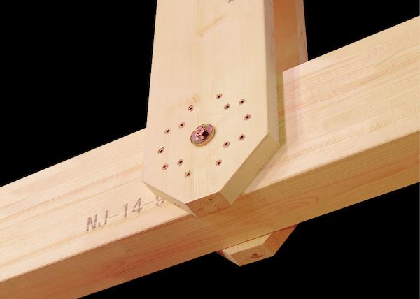中規模建築のトラス接合部をビス+ボルトで構成