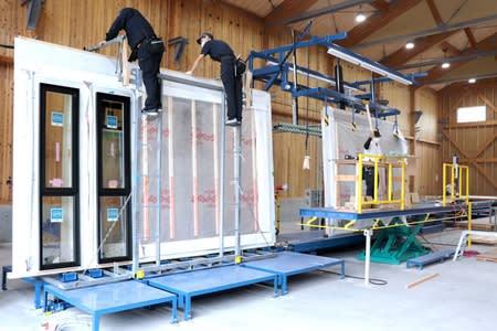 資材組み上げ大型パネルに 工場新設 長岡・志田材木店 住宅建築効率化へ