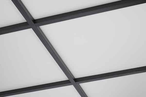 ABC商会、軽量格子天井に木目柄2種類